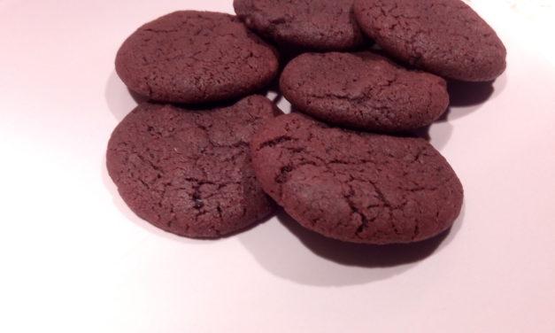 Cookies al fondente e sale rosso delle hawaii